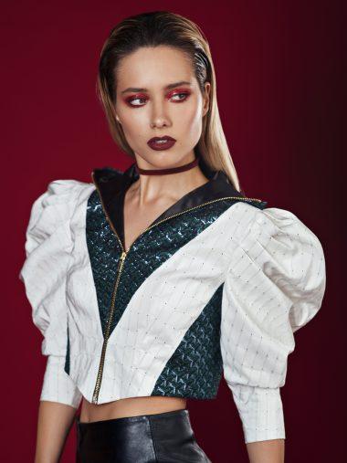 Юля Паршута представлена в номинации «Стиль Года» премии ЖАРА Music Awards. Проголосовать можно по ссылке:  https://www.glamour.ru/awards/zhara/premiya-zhara/samaya-stilnaya.